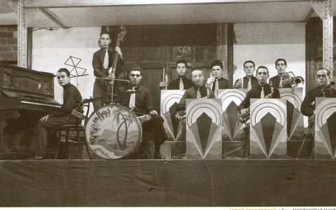 Orquestrina Moyambos, 1943. Fons fotogràfic de Montserrat Mauné.